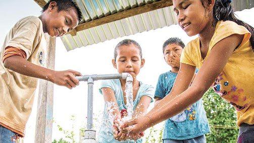 Veilig water bronnen van Hand of Hope